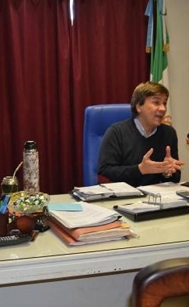 Leandro Zdero jefe regional del ANSES, mantuvo importante reunión con la intendenta de Santa Sylvina Susana Maggio.-